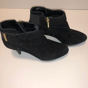 Bandolino Ladies Heels Booties size 7 US